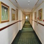 Kolmanda - sünnitusjärgse korruse koridor
