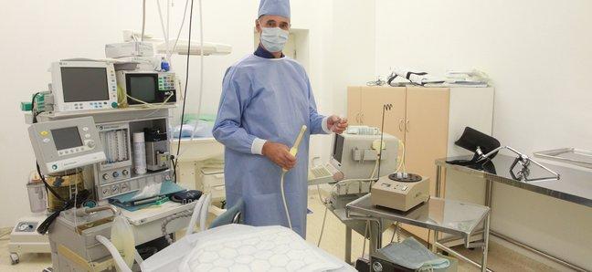 Andrei Sõritsa oma kliiniku opitoas. Foto: Kristjan Teedema