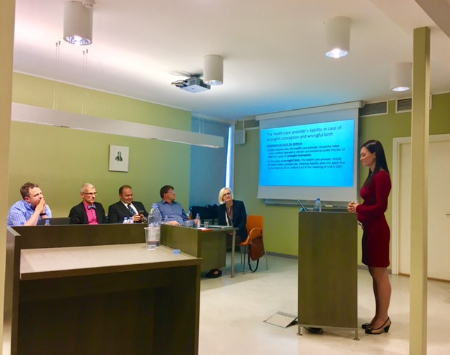 "Dina Sõritsa doktoritöö ""The health-care provider's civil liability in cases of prenatal damages"" kaitsmine TÜ õigusteaduskonnas juunis 2017"
